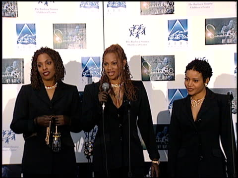 salt-n-pepa at the sinatra's 80 years my way at the shrine auditorium in los angeles, california on november 19, 1995. - shrine auditorium stock videos & royalty-free footage
