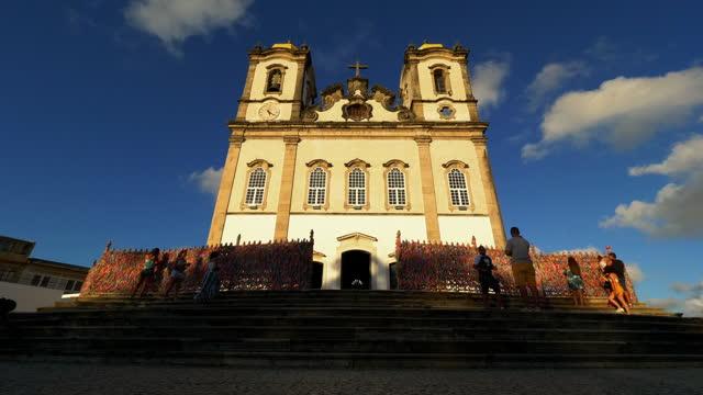 vídeos de stock, filmes e b-roll de ponto turístico icônico de salvador, bahia, brasil - monument