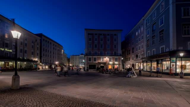 salzburg alte markt platz evening - markt stock videos & royalty-free footage