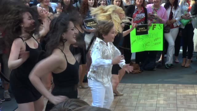 sam horowitz performs his dance routine from his bar mitzvah with burlesque dancers on the outside set of good morning america in times square in new... - burleskstil bildbanksvideor och videomaterial från bakom kulisserna