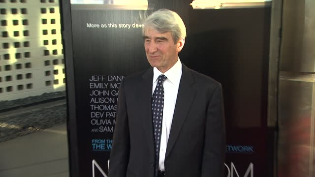 sam waterston at hbo's 'the newsroom' premiere at arclight cinemas sam waterston at arclight cinemas cinerama dome on june 20 2012 in hollywood... - cinerama dome hollywood stock videos and b-roll footage
