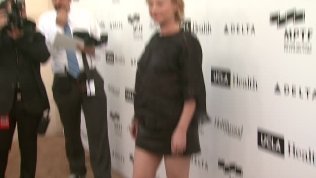 samantha mathis at 3rd annual reel stories, real lives benefiting the motion picture & television fund in los angeles, ca 4/5/14 - samantha mathis stock videos & royalty-free footage