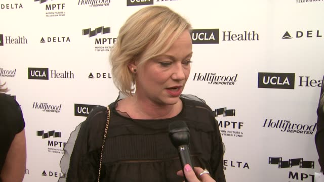 samantha mathis on why she is here. why the mptf is important, who she would want telling her story at 3rd annual reel stories, real lives benefiting... - samantha mathis stock videos & royalty-free footage