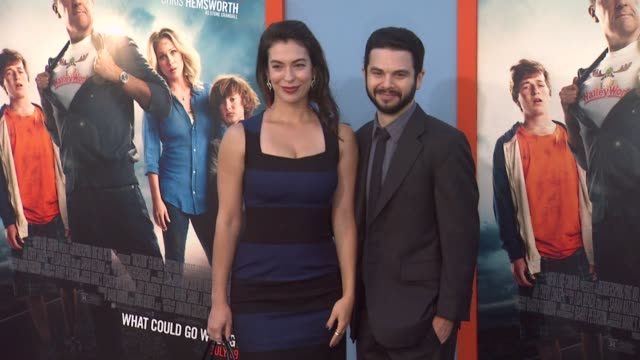 vídeos de stock e filmes b-roll de samm levine at the vacation los angeles premiere at regency village theatre on july 27 2015 in westwood california - regency village theater