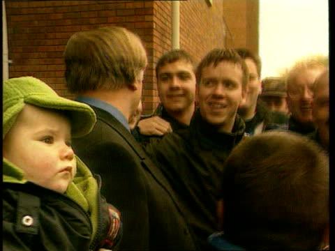 vídeos de stock, filmes e b-roll de sammy mcilroy may be new nottingham forest boss england yorks sheffield hillsborough ron atkinson posing with fans lib - sammy mcilroy
