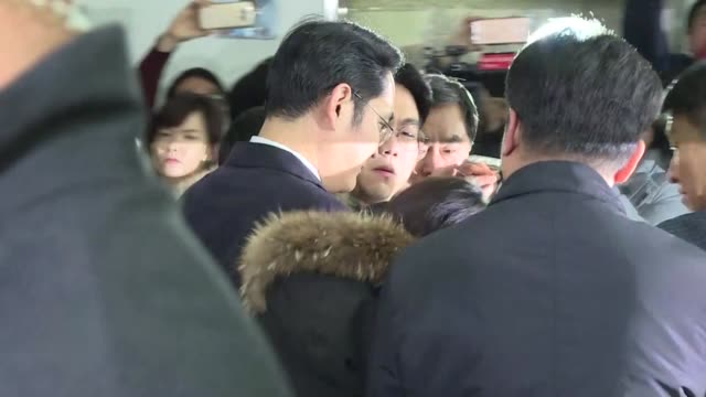 samsung heir lee jae yong is grilled by south korean prosecutors after becoming a criminal suspect in the corruption scandal engulfing impeached... - heir stock videos and b-roll footage