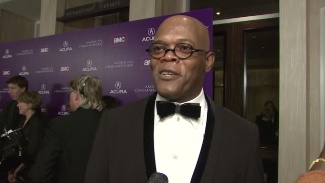 vídeos y material grabado en eventos de stock de samuel l jackson and latanya richardson on being honored tonight on being honored by his peers on if he enjoys winning awards on the key to his... - premio american cinematheque
