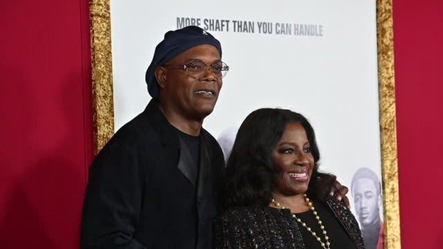 samuel l jackson latanya richardson at the shaft new york premiere at amc lincoln square theater on june 10 2019 in new york city - filmpremiere stock-videos und b-roll-filmmaterial