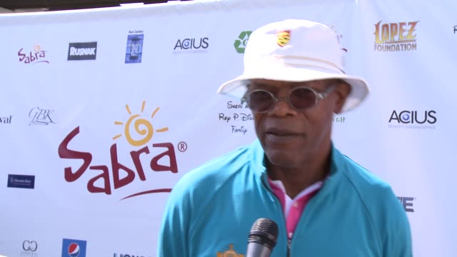 samuel l. jackson on how he feels about george lopez's philanthropic efforts at the 7th annual george lopez celebrity golf classic presented by sabra... - toluca lake stock videos & royalty-free footage