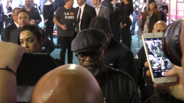 samuel l. jackson outside the kong skull island premiere at dolby theatre in hollywood - celebrity sightings on march 08, 2016 in los angeles,... - the dolby theatre stock videos & royalty-free footage