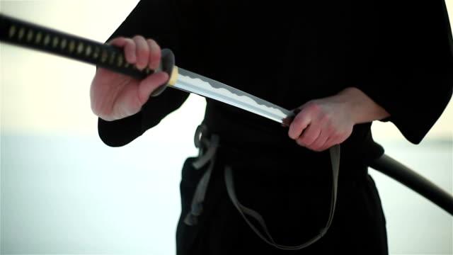 samurai holding a sword - samurai stock videos & royalty-free footage
