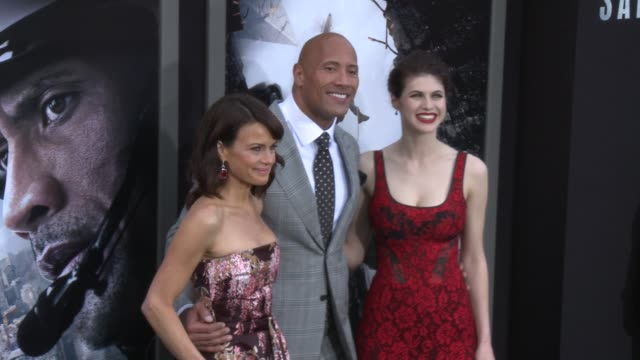 CLEAN 'San Andreas' Los Angeles World Premiere at TCL Chinese Theatre on May 26 2015 in Hollywood California
