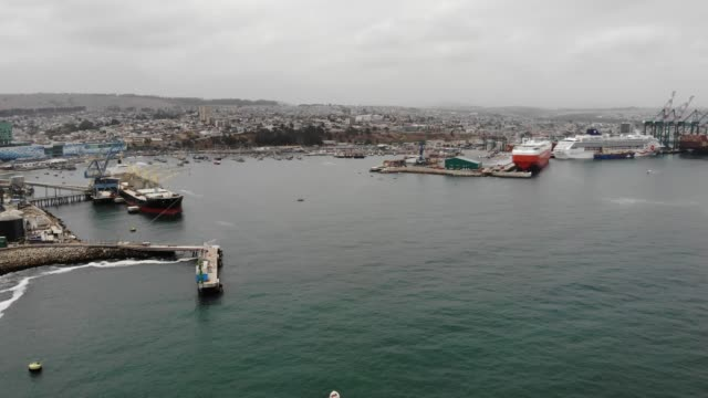vídeos y material grabado en eventos de stock de puerto de san antonio - muelle comercial