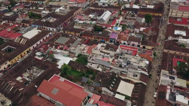 san cristobal de las casa aerial video - chiapas stock-videos und b-roll-filmmaterial