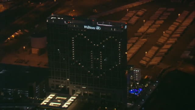 kswb san diego ca us hilton honoring healthcare workers with heart shaped light on building on thursday april 2 2020 - heart shape stock videos & royalty-free footage