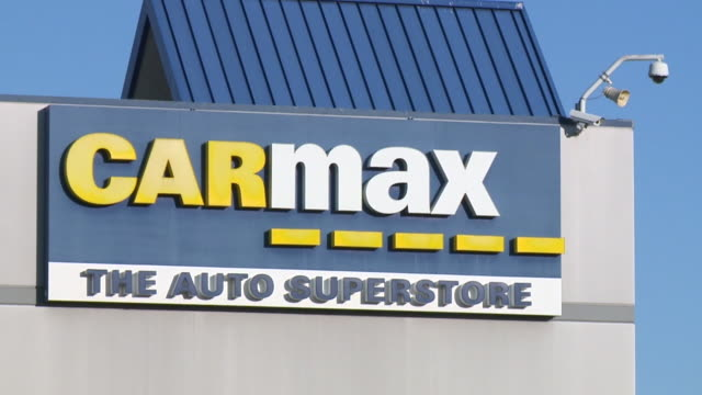 kswb san diego california us cars and signs at carmax inc dealership on monday august 5 2019 - car showroom stock videos & royalty-free footage