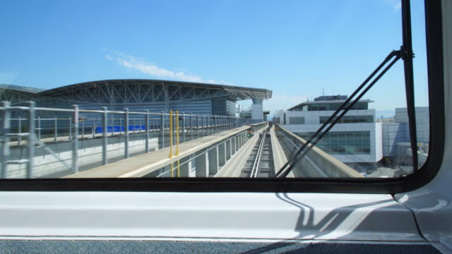 san francisco airport tram front window point of view - tram point of view stock videos and b-roll footage
