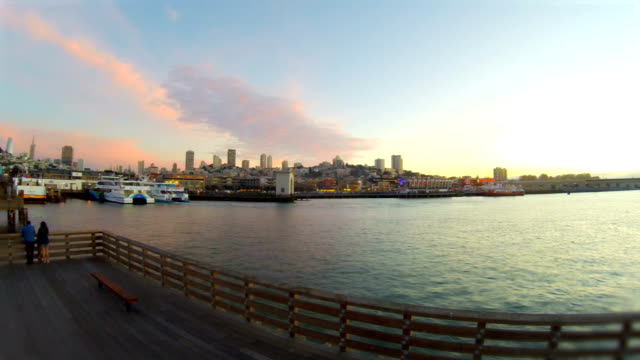 stockvideo's en b-roll-footage met san francisco bay - pier 39