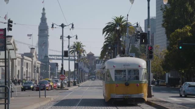 san francisco cable car departs - fisherman's wharf san francisco stock videos & royalty-free footage