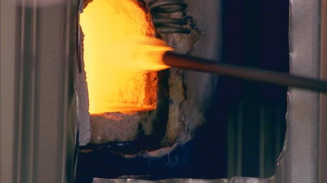 san francisco, californiaclosing kiln - glasbläser stock-videos und b-roll-filmmaterial