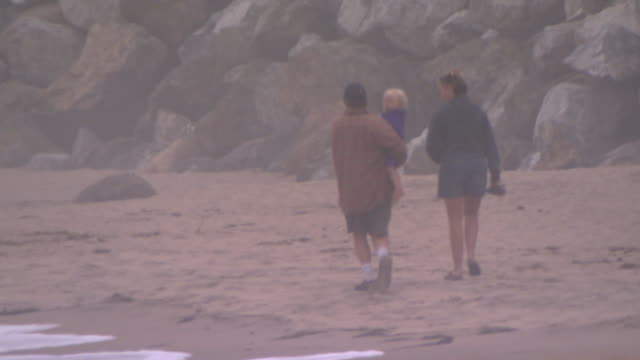 san francisco, californiafamily walking on beach - unknown gender stock videos & royalty-free footage