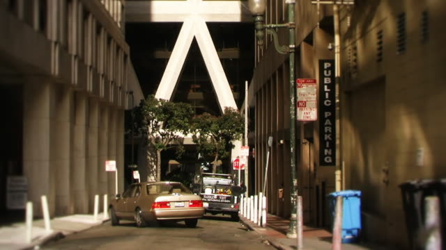 サンフランシスコシティーストリートアレイ - 路地点の映像素材/bロール