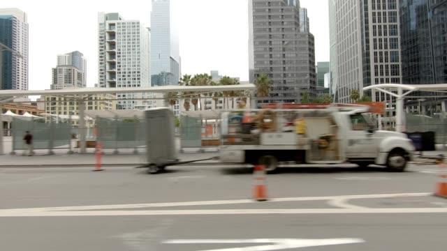san francisco city vii synkroniserade serien vänster visa körning process skylt - trådbuss bildbanksvideor och videomaterial från bakom kulisserna