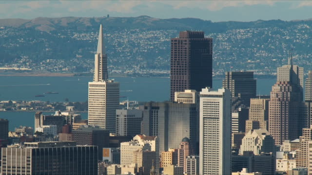 stockvideo's en b-roll-footage met ws san francisco downtown skyscrapers/ california, usa - baai van san francisco