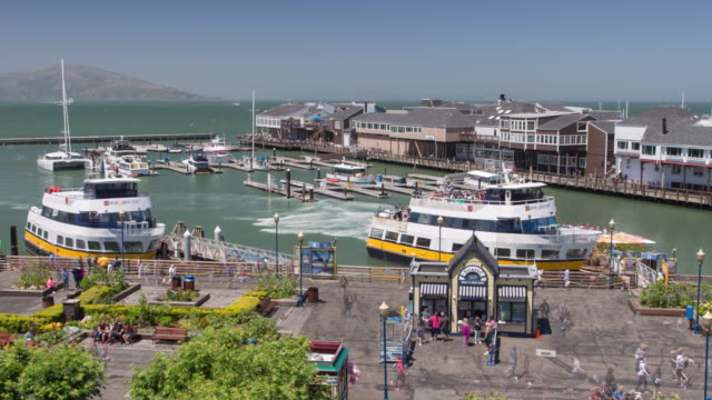 stockvideo's en b-roll-footage met san francisco - fisherman's wharf - ferry