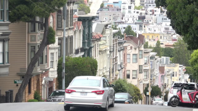 san francisco hills and victorian architecture - high street stock videos & royalty-free footage