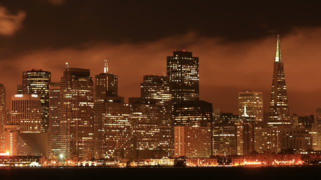 skyline von san francisco - golden gate bridge stock-videos und b-roll-filmmaterial