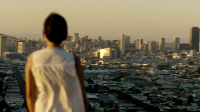 skyline - san francisco sunset - stadtansicht stock-videos und b-roll-filmmaterial