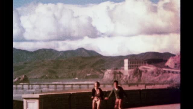 1935 san francisco travelogue - 複葉機点の映像素材/bロール