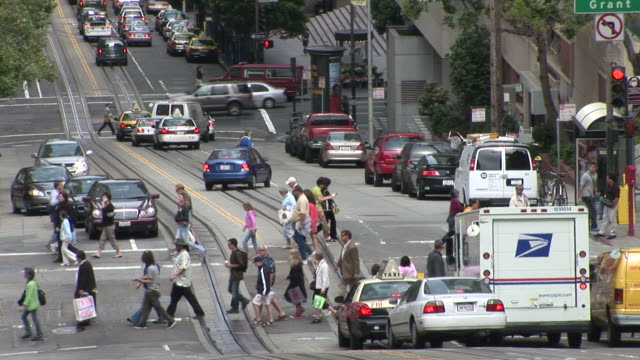 san franciscoview of a city street in san francisco united states - カリフォルニアストリート点の映像素材/bロール
