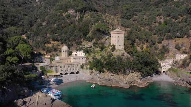vidéos et rushes de san fruttuoso abbey in portofino natural park, liguria, italy - lieu de culte