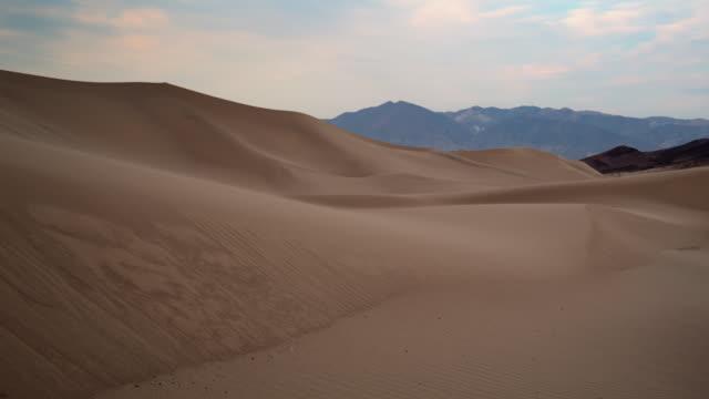 T/L WS Sand dunes in Dumont Dunes desert landscape / San Bernardino County, California, USA
