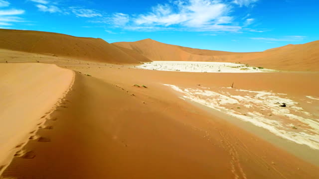 heli sand dunes surrounding the dead vlei - bush stock videos & royalty-free footage