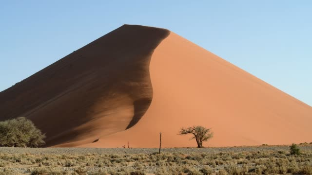 sand dunes - namibia stock videos & royalty-free footage