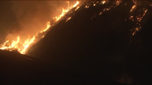 sand fire in santa clarita. - santa clarita stock videos & royalty-free footage