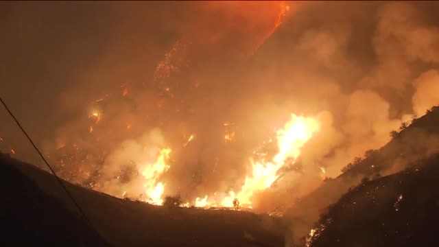 ktla sand fire in santa clarita - santa clarita stock videos & royalty-free footage