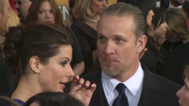 sandra bullock and jesse james at the 16th annual screen actors guild awards arrivals at los angeles ca - sandra bullock stock videos & royalty-free footage
