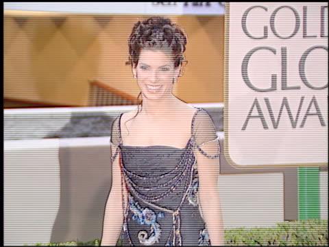 sandra bullock at the 1998 golden globe awards at the beverly hilton in beverly hills california on january 18 1998 - sandra bullock stock videos & royalty-free footage