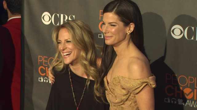 sandra bullock at the 36th annual people's choice awards at los angeles ca. - people's choice awards stock videos & royalty-free footage
