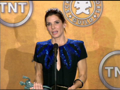 sandra bullock on her 'bucket list' at the 16th annual screen actors guild awards - press room at los angeles ca. - bucket list stock videos & royalty-free footage