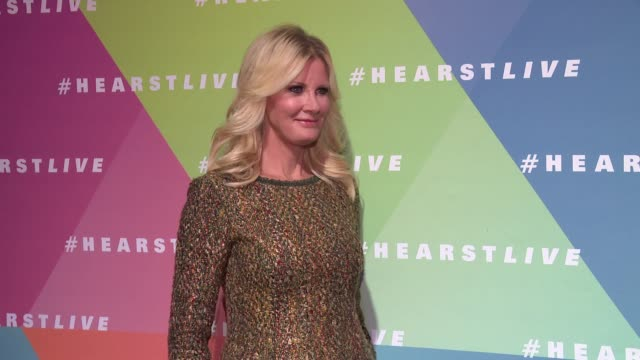 sandra lee at hearst launches hearstlive, a multimedia news installation at 57th street & 8th avenue in nyc at hearst tower on september 27, 2016 in... - multimedia stock videos & royalty-free footage