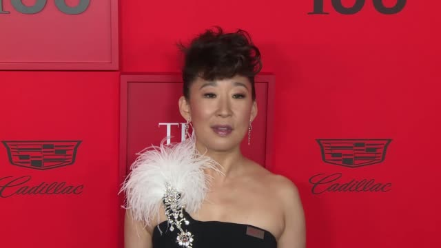 vidéos et rushes de sandra oh at time 100 most influential people in the world at jazz at lincoln center on april 23 2019 in new york city - sandra oh