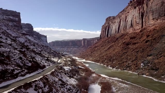 sandstone canyon of the colorado river near moab utah - grand canyon video stock e b–roll