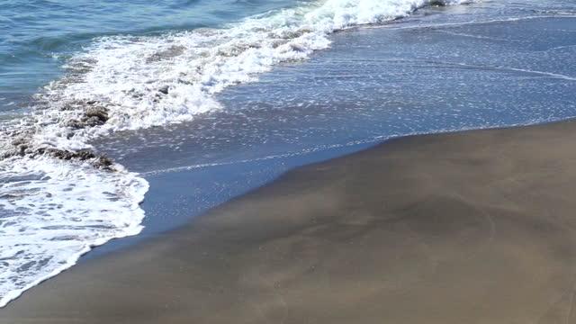 砂浜と波と海 - 相模湾点の映像素材/bロール