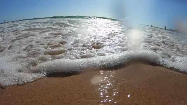 ポルトガルの海岸線の砂浜 - カスカイス点の映像素材/bロール
