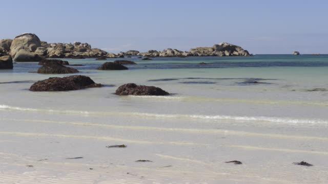 sandy beach - finisterra bretagna video stock e b–roll